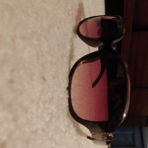 Guess sunglasses NWOT